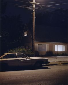 A stunning series of eerie, low-light photos by photographer Todd Hido called Homes at Night from his book House Hunting . Nocturne, Todd Hido, William Eggleston, Southern Gothic, Night Aesthetic, The Villain, Night Photography, Stunning Photography, Small Towns