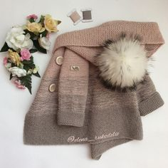 This Pin was discovered by likes, 20 comShort coat with knitting needles with description Coat with knitting needles for: months. Crochet Poncho Patterns, Crochet Coat, Knitted Coat, Knitted Bags, Crochet For Kids, Crochet Baby, Baby Boy Cardigan, Knit Baby Sweaters, Kids Coats