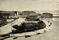 General views of Smyrna Greece Pictures, Old Pictures, Old Photos, Sense Of Place, Old City, Paris Skyline, City Photo, Nostalgia, Old Things