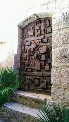 Ideas old door ideas entryway entrance Door Entryway, Entrance Doors, Doorway, Entrance Ideas, Cool Doors, Unique Doors, Door Gate, Door Knockers, Closed Doors