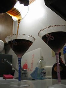 How to Make Chocolate Vodka, so going to have to try this one. Yum!
