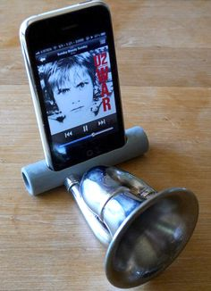 Wired Mag - Make a old school inspired iphone speaker using pvc pipe and a bike horn