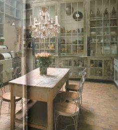 interior divine: Rustic, elegant kitchens
