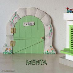 Haz de la caída de los dientes de leche de los niños un momento especial y mágico con esta original puerta del Ratoncito Pérez 100% artesanal. Color menta (PVP: 19,95 € + Gastos de envío)