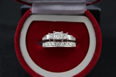 1.75 CARAT DIAMOND WEDDING SET.. THE MAIN RING IS 1 CARAT.. THE WEDDING BAND IS 0.75 CARAT..SO TOTAL CARAT WEIGHT IS 1.75 MAIN RING IS SI1-SI2 CLARITY COLOR IS H-I THE BANDS IS SI2 I1 CLARITY COLOR H-I. THE RING WOULD RETAIL AROUND 4000 TO 5000 AS A WEDDING SET..CAN BE YOURS FOR MUCH LESS QUESTION OFFERS WELCOMED.. THANKS