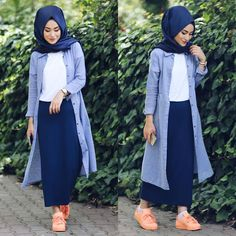 Hijab Style: Hijab fashion in comfortable style Islamic Fashion, Muslim Fashion, Modest Fashion, Girl Fashion, Fashion Outfits, Hijab Fashion Style, Hijab Chic, Casual Hijab Outfit, Modest Wear