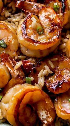 Honey Garlic Shrimp ~ Easy, healthy, and on the table in about 20 minutes! Honey Garlic Shrimp ~ Easy, healthy, and on the table in about 20 minutes! Shrimp Recipes Easy, Fish Recipes, Seafood Recipes, Healthy Dinner Recipes, Asian Recipes, Cooking Recipes, Ethnic Recipes, Shrimp Dishes, Garlic Shrimp