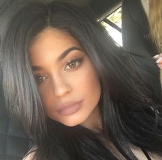 Imagen de kylie jenner, beauty, and lips                                                                                                                                                                                 More