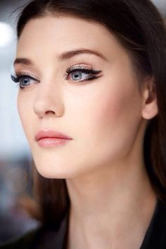 Double winged eyeliner look from Dior Resort 2015
