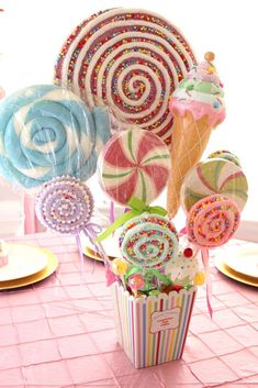 Chakoda Design *'s Baby Shower / Pastel Carousel Circus - Cake Pops, Cupcakes & Carousels at Catch My Party Candy Theme Birthday Party, Candy Land Theme, Candy Party, 3rd Birthday Parties, Carousel Party, Carousel Birthday, Candyland, Candy Land Christmas, Nutcracker Christmas