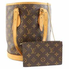 892f2382e9d4 Buy your bucket cloth handbag LOUIS VUITTON on Vestiaire Collective