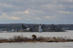 ISLAND ON ST LAWRENCE RIVER UPSTATE NEW YORK WITH LIGHTHOUSE