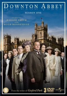 Created by Julian Fellowes. With Hugh Bonneville, Phyllis Logan, Elizabeth McGovern, Brendan Coyle. A chronicle of the lives of the British aristocratic Crawley family and their servants in the early twentieth century. Downton Abbey Saison 1, Downton Abbey Series 1, Watch Downton Abbey, Elizabeth Mcgovern, Maggie Smith, Hugh Bonneville, Beau Film, Apple Tv, Die Titanic