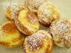 Learn more about the traditional Danish dessert aebleskivers at Cooking Channel. These Christmas treats are usually served with glogg, Scandinavian mulled wine. Danish Pancakes, Pancakes And Waffles, Fluffy Pancakes, Danish Cookies, Danish Dessert, Danish Food, Danish Pastries, Gourmet Recipes, Dessert Recipes