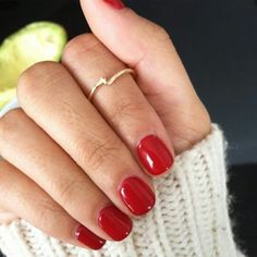 Red manicure with design for short nails nails nails acrylic nails fall nails design nails winter nails winter Christmas nails winter acrylic # nails politur Red Gel Nails, Short Nail Manicure, Manicure Y Pedicure, Fun Nails, Fall Manicure, Manicure Ideas, Short Nails Shellac, Nail Ideas, Cute Red Nails