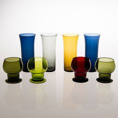 KAJ FRANCK - A set of glasses '111' and '1725' for Nuutajärvi Notsjö, Finland. [h. 15 cm, 7,5 cm] Glass Design, Design Art, New Pins, Scandinavian Design, Finland, Modern Contemporary, Shot Glass, Glass Art, Retro Vintage