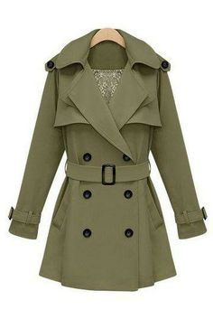 trenchcoats for winter are the best, this would look super cute with jeans and tall leather boots