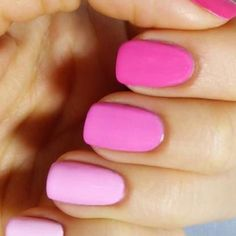 Mi obožujemo roza. Kaj pa ti? A ni huda tale hombre manikura? Wow  #pink #hombre #nails #manikura #top #loveit #fashion #slovenija #love #wow #obsessed #beautiful #stunning #like #nohtki #roza by trendster.si