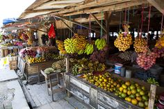 Central Kalimantan, Indonesian Borneo. Food and food markets.