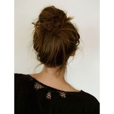 Messy Buns ❤ liked on Polyvore featuring beauty products, haircare, hair styling tools, hair, cabelos and hair styles