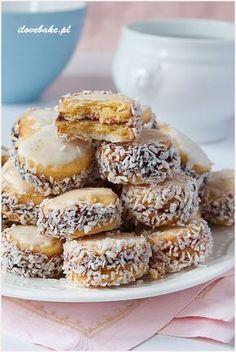 Ciastka słoneczka (aspirynki) - I Love Bake Dessert Dishes, Dessert Recipes, Baby Food Recipes, Cookie Recipes, Hungarian Desserts, Sweets Cake, Homemade Baby Foods, Pumpkin Cheesecake, How Sweet Eats