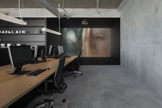Modern small home office ideas modern office idea modern industrial office design collect this idea modern Industrial Office Design, Modern Office Design, Workplace Design, Modern Industrial, Modern Loft, Interior Work, Office Interior Design, Office Interiors, Space Interiors