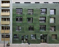Wohnblock von META, KGDVS, noAarchitecten und de vylder vinck taillieu / Kachel und Glanz in Antwerpen - Architektur und Architekten - News / Meldungen / Nachrichten - BauNetz.de
