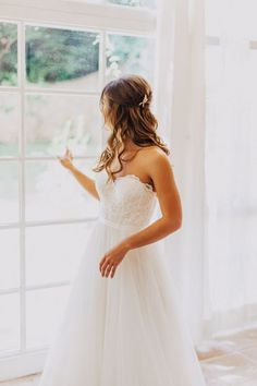 Ivory Beach Wedding Dress, Lace and Tulle Wedding Dress, A-line Wedding Dresses, Sexy Sweetheart Wedding Gown, Bridal Dresses, Beach Wedding DressesWant a glamorous red carpet look for a fraction of t..