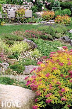 A classic New England perennial garden designed by Pellettieri and Associates.