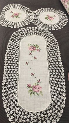 ~ Embroidered Floral Crochet Table Linens, White, Runner Co. ~ Embroidered Floral Crochet Table Linens, White, Runner Co. Crochet Tree, Crochet Motifs, Crochet Borders, Filet Crochet, Crochet Doilies, Crochet Flowers, Hand Crochet, Cross Stitching, Cross Stitch Embroidery
