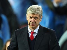 Arsenal in market for defender following Per Mertesacker injury, confirms Arsene Wenger