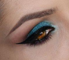 Resultado de imagem para make azul tiffany