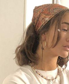 hair inspo Olivia Viktoria Gervig on I - haar Aesthetic Hair, Aesthetic Clothes, Urban Aesthetic, Aesthetic Green, Aesthetic Outfit, Summer Aesthetic, Aesthetic Makeup, Aesthetic Fashion, Scarf Hairstyles