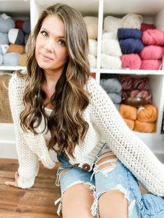 Crochet Crop Top Pattern - MJ's off the Hook Designs Diy Crochet Crop Top, Easy Crochet, Crochet Tops, Free Crochet, Gilet Crochet, Crochet Cardigan Pattern, Patterned Bomber Jacket, Knitting Patterns, Crochet Patterns