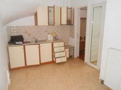Πώληση διαμερίσματος Βόλος. Βρες στο Spitogatos.gr το ιδανικό ακίνητο για σένα! Divider, Room, Furniture, Home Decor, Bedroom, Decoration Home, Room Decor, Rooms, Home Furnishings