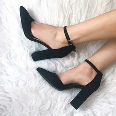Coz weekend is for non-stop partying! Dance all night long without a twinge in your foot with these Black Block Heels. DM or Whatsapp for more details: 9599677662 Weekend Sale, Summer Sale, Summer Collection, Block Heels, High Heels, Pumps, India, Mood, Dance