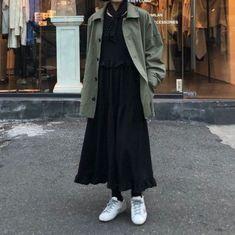 ideas fashion korean art for 2019 Modern Hijab Fashion, Street Hijab Fashion, Korean Girl Fashion, Korean Street Fashion, Muslim Fashion, Fashion Outfits, Fashion Hacks, Abaya Fashion, Fashion Fall