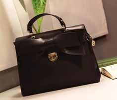 Material:PU Leather  Detailed Size: 31cm(Length)*27cm(Height)*12cm(Thickness)