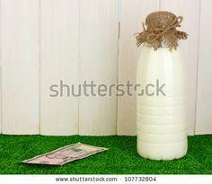Fotos stock Milk Delivery, Fotografia stock de Milk Delivery, Milk Delivery Imagens stock : Shutterstock.com