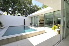 Swimming Pool Ideas : The Row flagship store on Melrose Place in Los Angeles. [Photo by Donato Sardella] Exterior Design, Interior And Exterior, The Row, Melrose Place, Modern Pools, Retail Interior, Villa, Ashley Olsen, Retail Design
