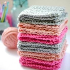 Create these simple and sweet crochet washcloths in minutes.  Wrap a few together for a beautiful handmade gift!