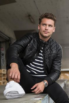 New Clothing-Label Heidi.com by Bastian Baker available on www.metroboutique.ch or in Stores! Clothing Labels, Fashion Boutique, Famous People, Hot Guys, Leather Jacket, Jackets, Shopping, Style, Pictures
