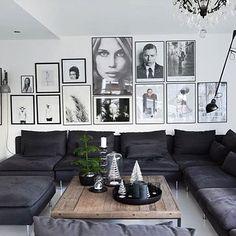 """46 gilla-markeringar, 1 kommentarer - Gallerix Sverige (@gallerixsverige) på Instagram: """"Har man en stor soffa får man ha en stor tavelvägg #tavelvägg #tavlor #vardagsrum #motiv…"""""""