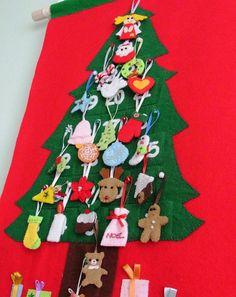 Felt Christmas advent calendar no.18 PDF pattern. $8.50, via Etsy.