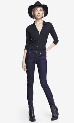 A clean look that's perfect for a casual day in the office or date night. #expressjeans