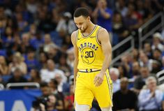 NBA News: Golden State Warriors Want Stephen Curry to be Kevin Durant's Replacement in their Team Golden State Warriors has lost three of its best players in the free agency, and now things have. Basketball Quotes, Basketball Drills, Golden State Basketball, Kevin Love, Andre Iguodala, Anthony Davis, Antoine Griezmann, Nba News, Celebrity Travel