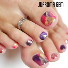 Toes nail polish