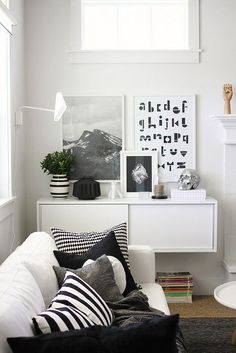 Blending blacks with whites, typography with photography and simple design with cosiness.