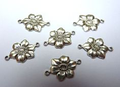 6 brass connectors flower antique silver by FunkelShop on Etsy, €2.90