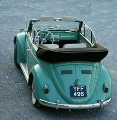 VW Beetle cabriolet Would love an early cab Mercedes Auto, Vw Bus, Vw Camper, Volkswagen Golf, Vw Coccinelle Cabriolet, Combi Hippie, Wolkswagen Van, Carros Retro, Vw Cabrio